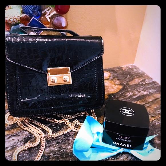 cc342292a14880 CHANEL Accessories | Le Lift Jar Limited Edition Gwp Croc Bag | Poshmark